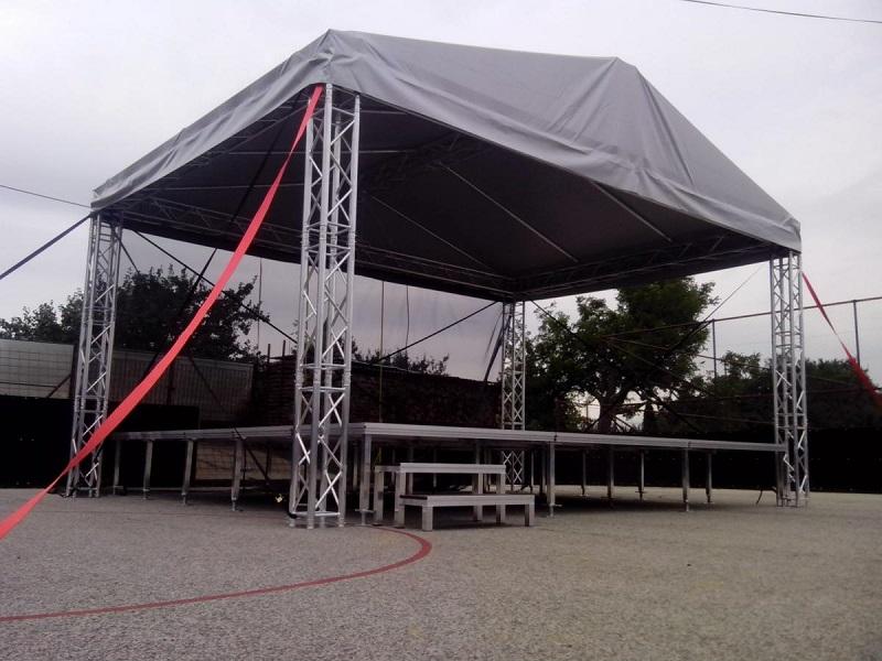 podium 1 Pódium a prestrešenie