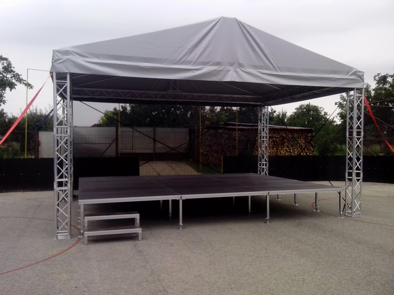 podium 2 Pódium a prestrešenie
